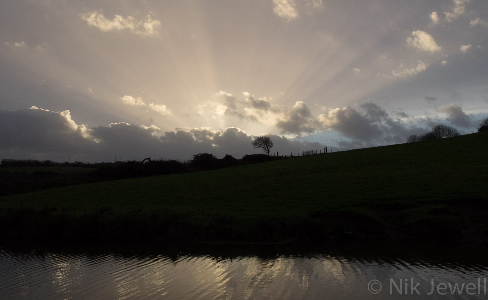 Before-Godbeams, Bude Canal