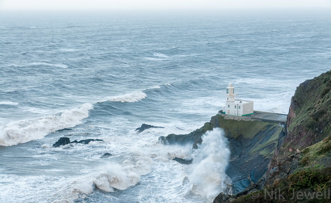Image of wave breaking at Hartland Point